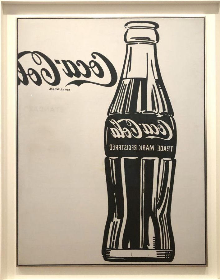 This+print+of+a+Coca+Cola+bottle+is+a+clear+example+of+Pop+Art%2C+which+is+a+style+of+art+that+showcases+popular+media+through+艺术.