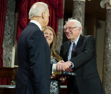Senator Sanders and Vice President 拜登 meeting in the Senate back in 2013
