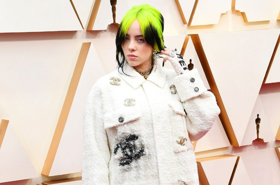 Billie+Eilish+at+the+Oscars%2C+wearing+an+outfit+designed+通过+Chanel